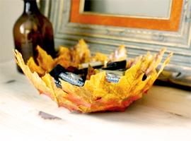 Блюдо из листьев