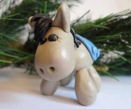 Милая лошадка из полимерной глины