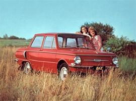26 октября — День автомобилиста: подарок для двоих или Хозяину — алкотестер, машине — запчасть