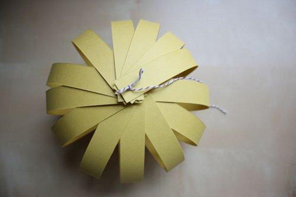 Как сделать фонарик из бумаги своими руками фото поэтапно для