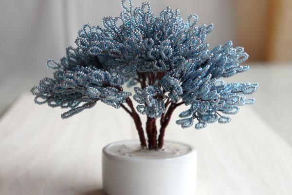 Простое дерево из бисера своими руками