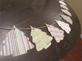 Гирлянда из бумажных ёлочек