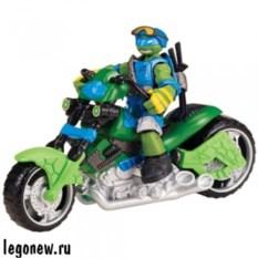 Игрушка Turtles Мотоцикл-квадрокоптер с фигуркой Лео