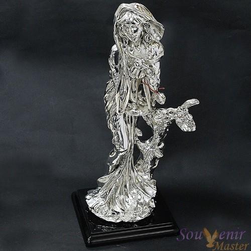 Скульптура Зима