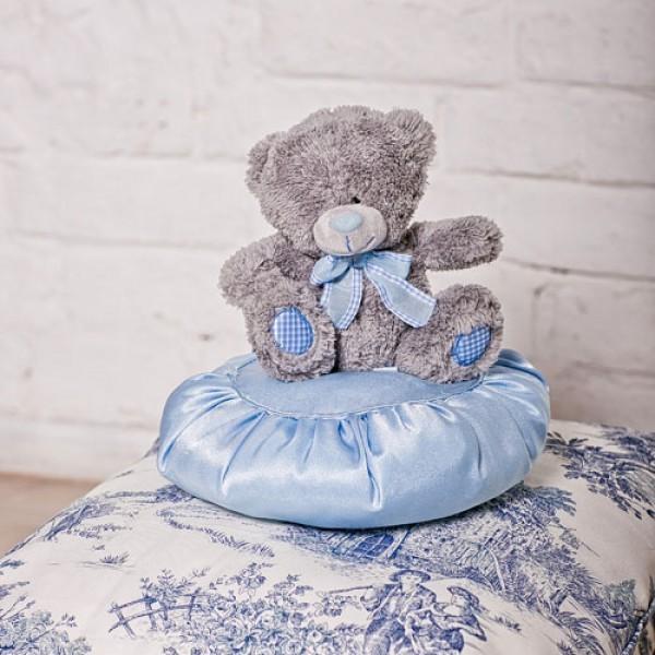 Медведь с голубым бантиком