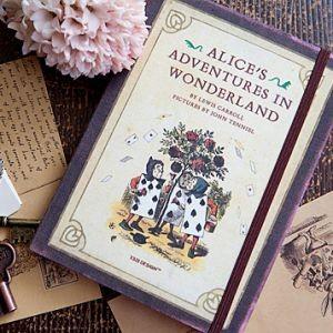 Планинг Alice in Wonderland (L)