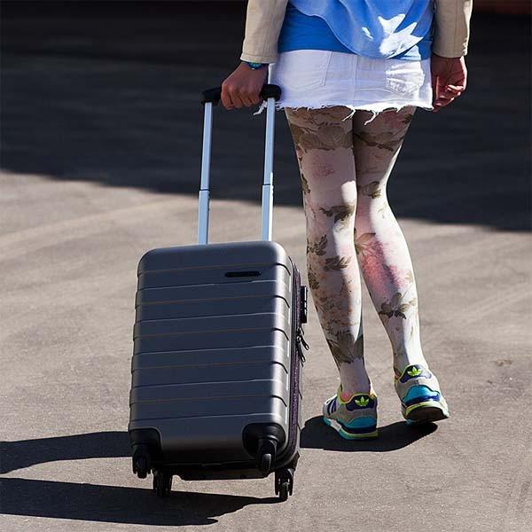 Пластиковый чемодан Global, цвет металлик