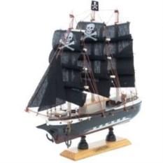 Сувенирная модель корабля Пираты