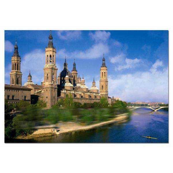 Пазл «Замок над рекой»