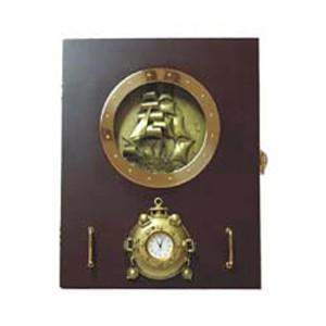 Ключница «Корабль, барометр»