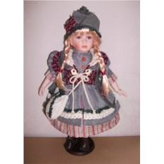 Фарфоровая кукла Сильвия, высота 51 см