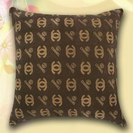 Подушка бархатная декоративная