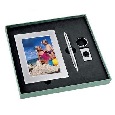 Набор: рамка для фотографии, ручка, брелок-фонарик