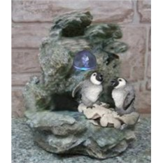 Фонтан с подсветкой Пингвинята летом