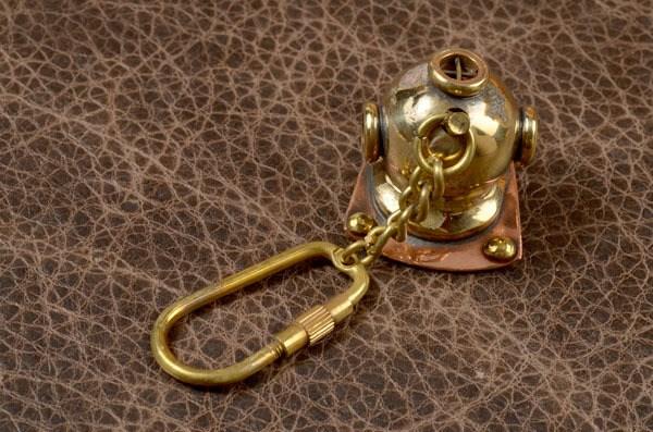 Брелок для ключей Socotra Шлем водолаза
