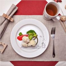 Сюжетная тарелка Кроль и санки