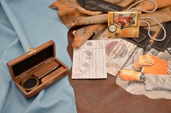 Сувенирная лупа в деревянном футляре