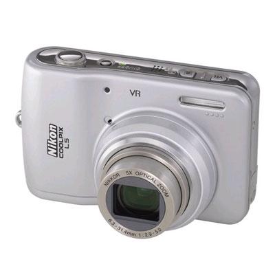 Фотоаппарат Nikon Coolpix L5