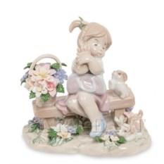Фарфоровая фигурка Девочка с собачками Pavone