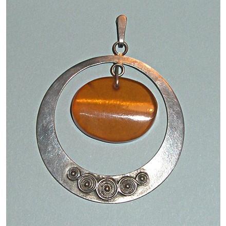 Винтажный серебряный кулон с янтарем