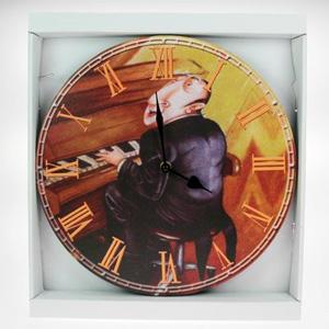Часы-ретро «Пианист»