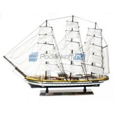 Модель корабля Америго Веспуччи (фрегат)