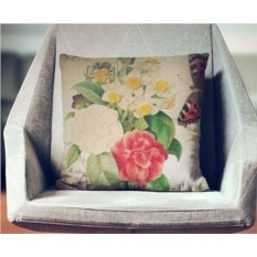 Декоративная наволочка Винтаж: Весеннее цветение