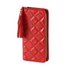 Женское красное портмоне из кожи с художественным тиснением