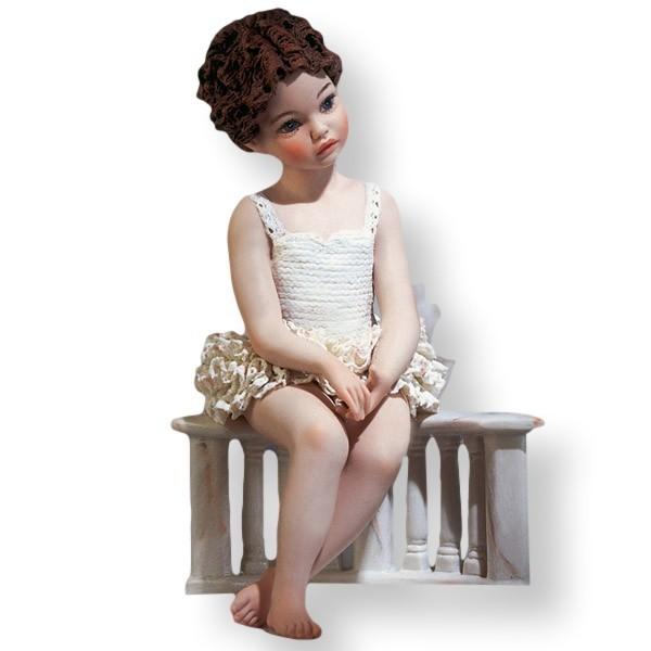 Фарфоровая статуэтка Sibania Linda
