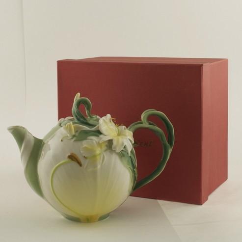Чайник «Лилии»