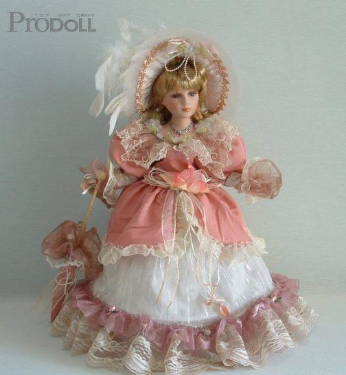 Фарфоровая кукла Стелла