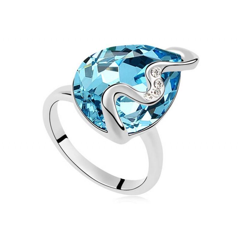 Кольцо с голубым кристаллом Сваровски «Волна»