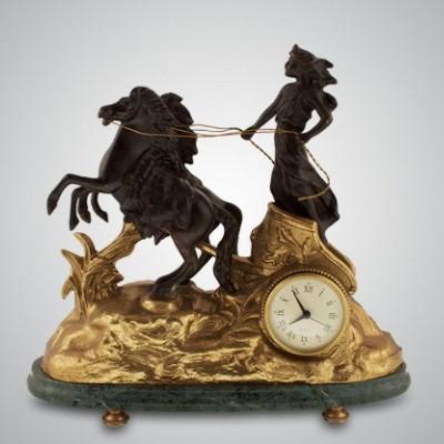 Часы настольные «Афина»