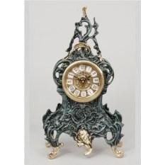 Оригинальные часы с завитком из бронзы