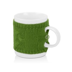 Кружка на 350 мл в теплом вязаном свитере, зеленая
