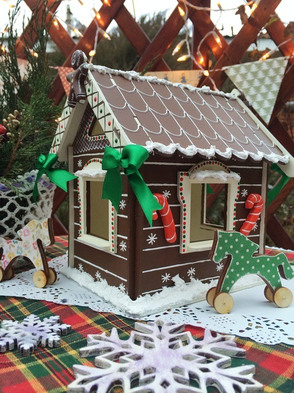 Новогоднее украшение Пряничный домик