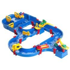 Детский игровой комплекс для игры с водой