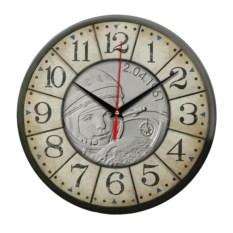 Настенные часы Гагарин