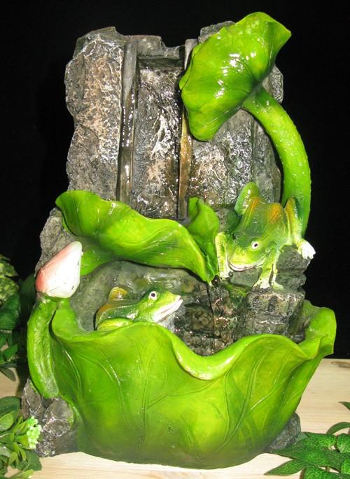 Фонтан с подсветкой Лягушки, каскад из листьев