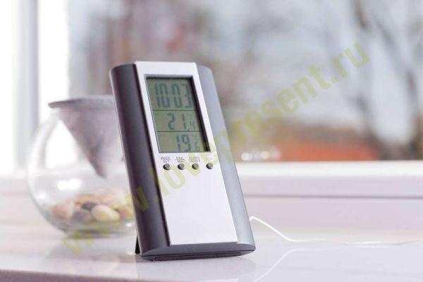 Часы с термометром и выносным датчиком Марс
