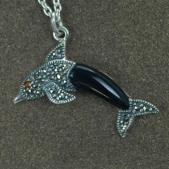 Серебряный кулон «Дельфин» на цепочке