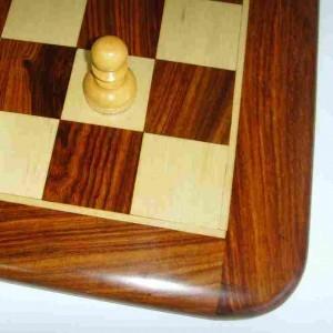 Не складная шахматная доска без шахматных фигур