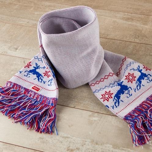 Женский шарф Северные олени (красно-синий рисунок)