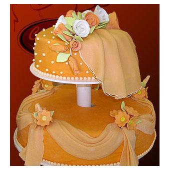 Марципановый  свадебный торт