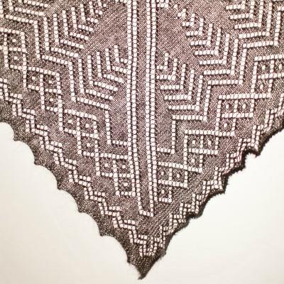 Пуховый платок Ворожея