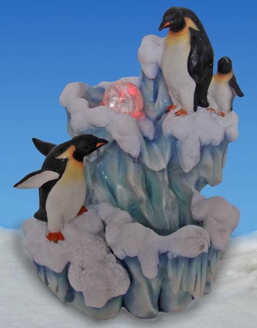 Декоративный фонтан Семья пингвинов на льдине