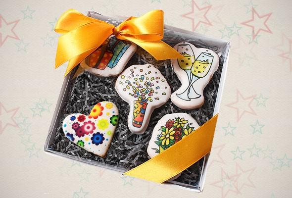 Подарочное печенье «Мы желаем счастья вам!»