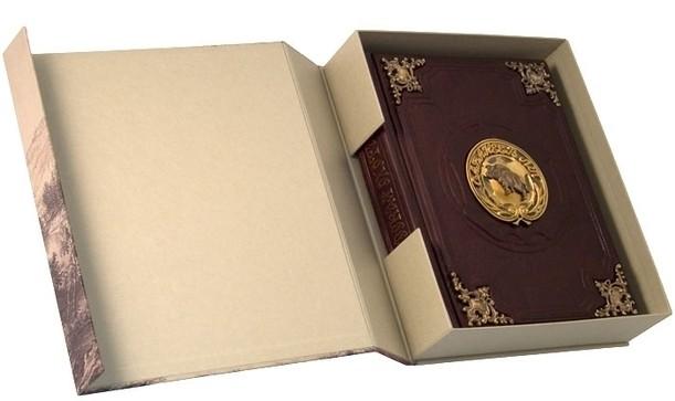 Подарочная книга, Сабанеев Л.П. «Книга охотника» (с бронзовыми накладками в футляре)