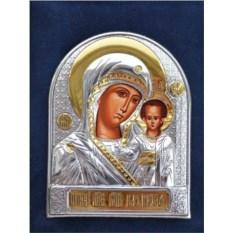 Маленькая серебряная икона Казанской Божьей Матери в футляре