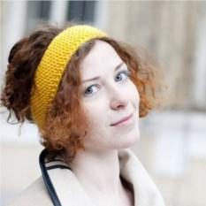 Желтая повязка на голову